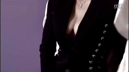 【米字旗London】 Madonna登《COSMO》五十周年刊封面