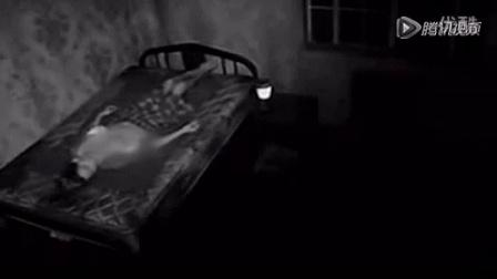 """实拍女子被""""鬼压床"""",连小内内都被扒掉了!"""
