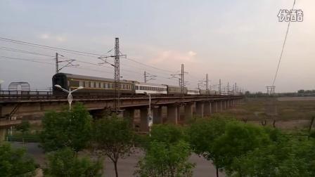 HXD3D牵引客电Z158次列车【京哈王牌车】哈泰神车通过石河大桥