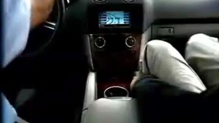 梅赛德斯奔驰M级广告-惊吓篇
