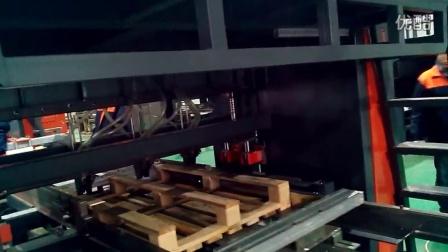 欧式木托盘全自动液压打钉机 toppallet auto-matic nailing line 2015