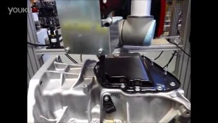电动脉冲工具装配油底壳