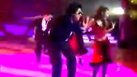 李孝利和Rain同台热舞