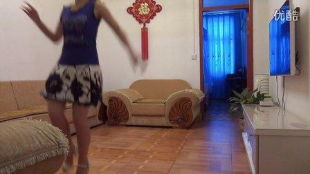丽丽广场舞:找不到北-编舞:杨丽萍老师