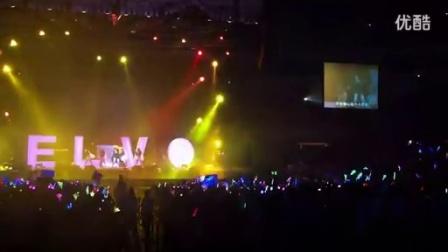 萧亚轩 Elva - 《一个人的精彩》(0716WOW北京演唱会)