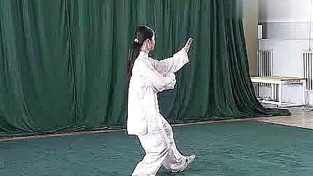 邱慧芳正面四十二式太极拳带音乐口令.flv