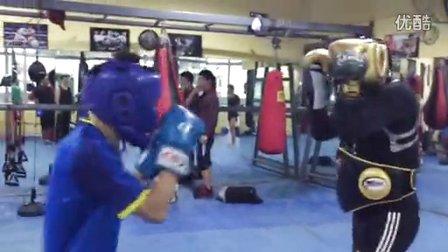 天图拳馆练进攻