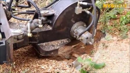 HYSOON泰安海松机械有限公司微型滑移装载机带破桩机(树桩破碎机)