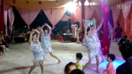 伟纯广场舞 西藏桑巴