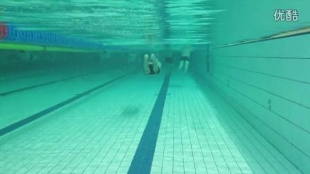 委员FIRE游泳班教练Demo---水与火的相容