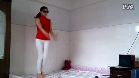 优酷视频广场舞 热舞DJ给我几秒钟   _标清
