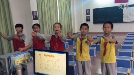 三6班学生《老水牛角弯弯》