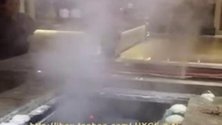 火锅店自助点菜台的蔬菜生鲜喷雾效果