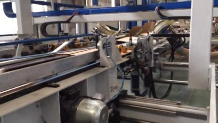 扬州伟鹏机械有限公司-印刷开槽钉糊联动线