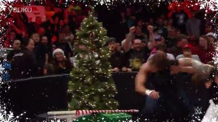 "WWE圣诞""大屠杀"" 圣诞老人绝对不想让你看到的镜头"