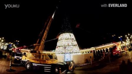 浪漫的巨大的圣诞树是怎样装扮好的呢?