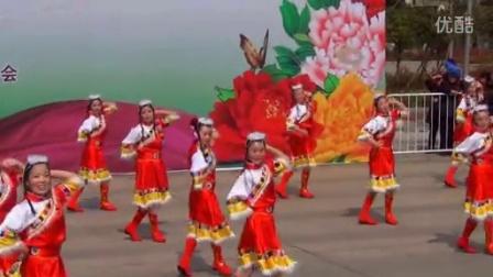 垫江县广场舞比赛一等奖高安镇代表队