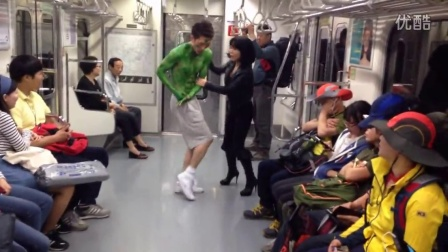 Showry - A parody of The Avengers -on a Seoul subway