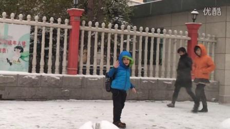 睿宝儿:2015年的第一场雪