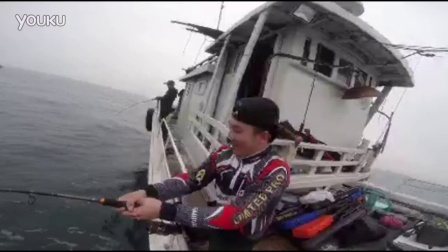 C&Z新手阿ben第一次出海抽铁板就被巨物强奸!又一个中了海钓毒!