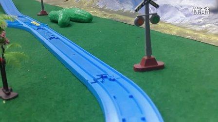 169【欢乐小火车】儿童玩具 托马斯大冒险 多多岛百变轨道套装 托比 Transformers 智智龟 佩佩猪家的新冰箱 大耳朵图图之彩色世界