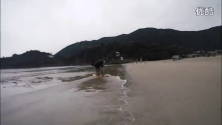 If in hong kong today no big waves !!! ? So there skimboarding