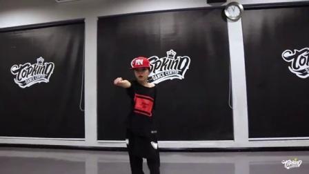TOPKING舞蹈少儿明星班–谢东伲(小名:小伲子)