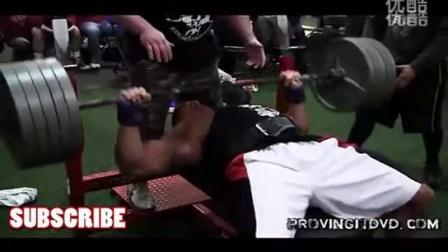 健美运动员Stan Efferding 无装备卧推220公斤7次 标清