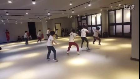 凤城市魁舞社练习