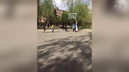 七舰队连锁网咖职工篮球赛剪影