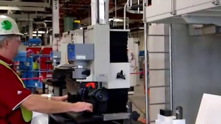 AT130 汽车曲轴洛氏硬度测试系统 (1)