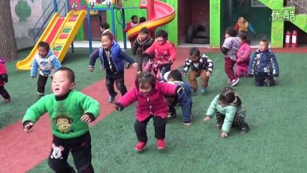 幼儿园比赛蹦