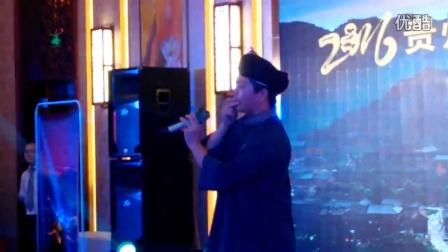 【拍客】实拍贵州男子竹叶吹出花鸟世界