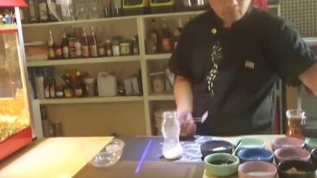 鑫食代特色小吃加盟培训:爆米花和奶茶的组合美味