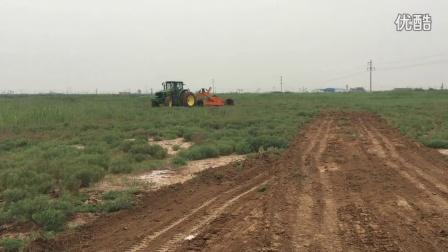 铲运机 土地整平 远距离调土 激光整地平地机