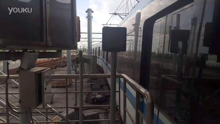 轨道交通八号线沈杜公路出站折返