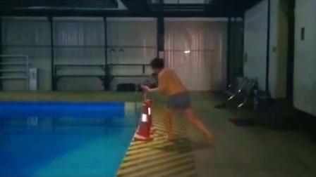 胖子的山寨版跳水