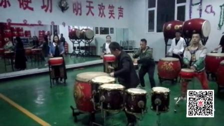 卢兆平演奏《龙腾虎跃》排练视频