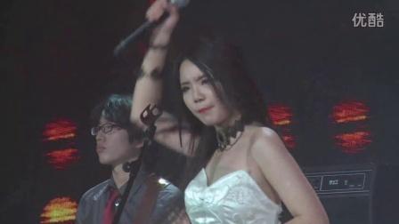 第二轮 范月影《She is my sin》(15~16北大十佳)
