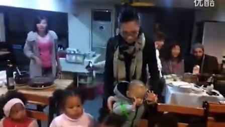 广州黑人中国人混血婴儿