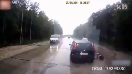 剪辑15个与死神擦肩而过车祸瞬间视频