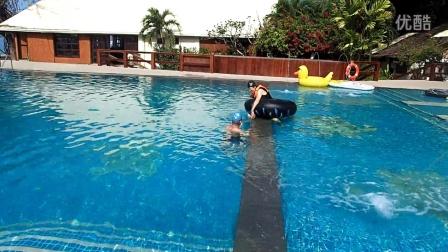 club paradise 老爸游泳