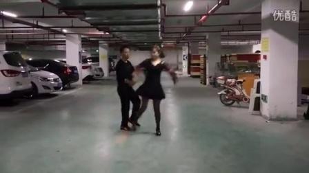 水兵舞第一套练习