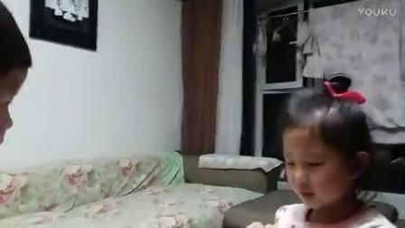 二宝与姐姐的抢🍊