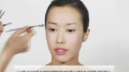 韩国化妆造型大师演示教程22