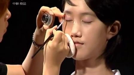 [彩妆]时尚韩式彩妆 脸型和妆式的搭配