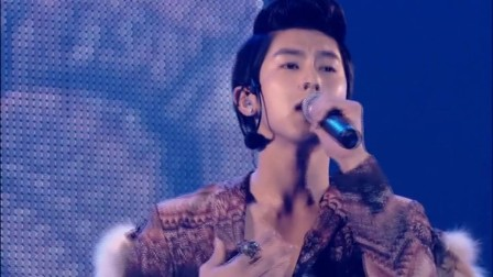 SMTOWN in TOKYO110126 How Can I 信じたくない話 동방신기 東方神起