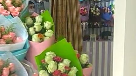 皖北杨凤健身舞,情人节没收到花,可是拍了好多留纪念