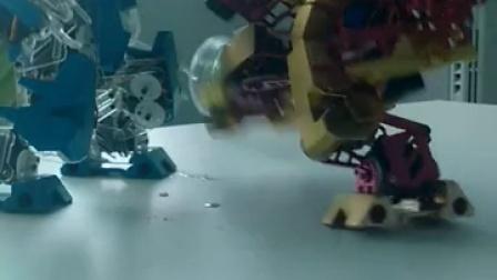 舞蹈机器人的金鸡独立就很厉害吗? 这个机器人快速侧踢腿后还稳如泰山