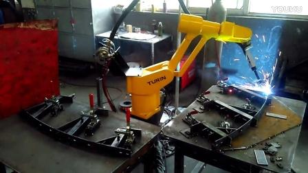 时代焊机图灵一米焊机器人双工位焊接   线缆桥架请联系17316588809